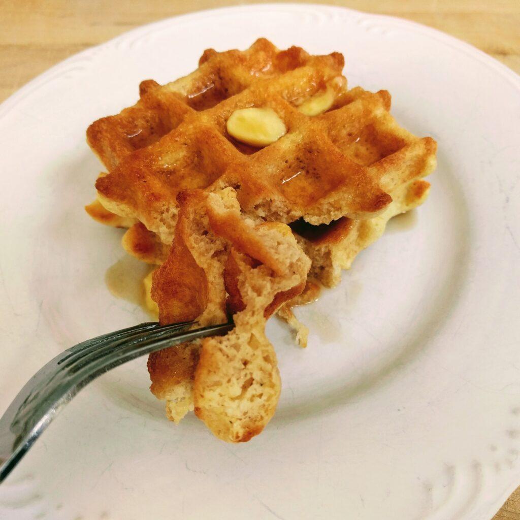 Crispy Fluffy Keto Waffles – THM-Deep-S