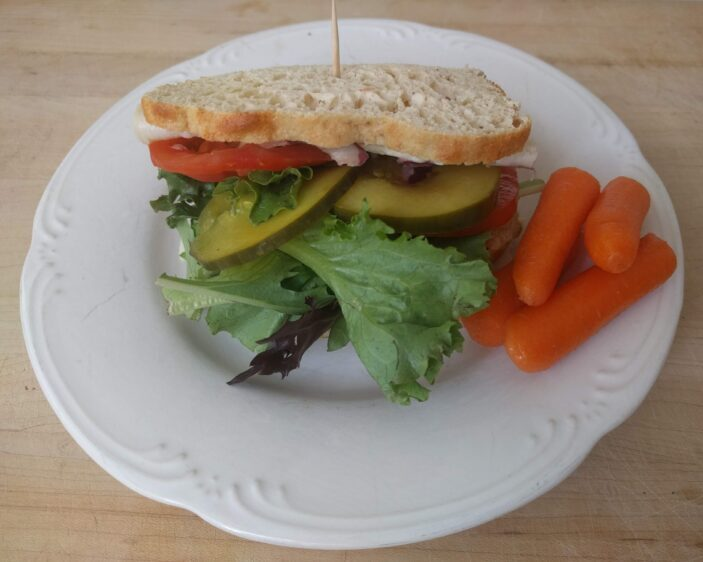 sandwich on keto bread